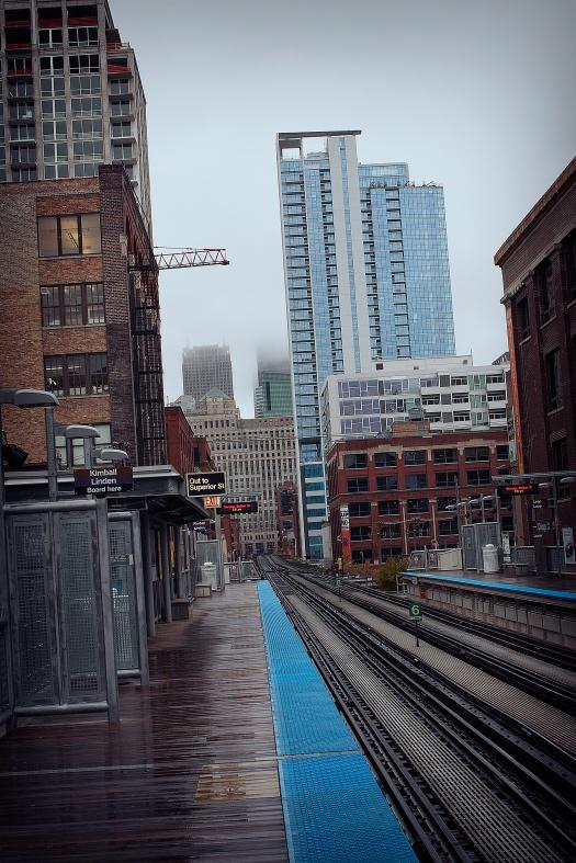 Chicago-brown-Line-Station,-fog-2009