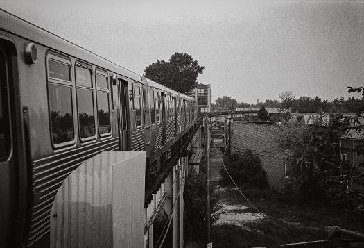 El-Train-Departing-Paulina-1994
